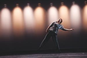 Wen Wei Dance and Beijing Modern Dance Company