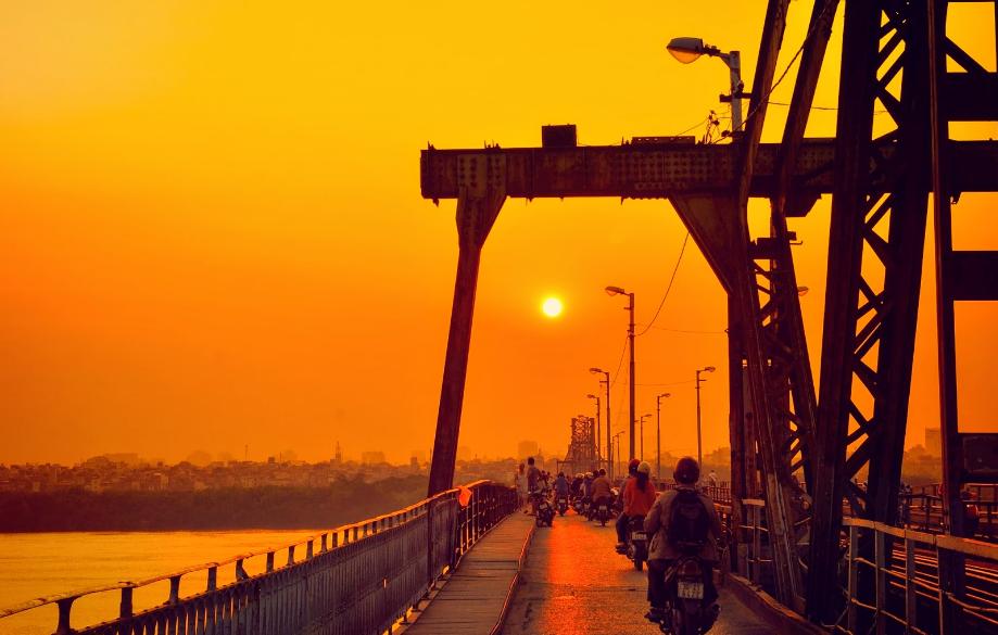 long-bien-bridge